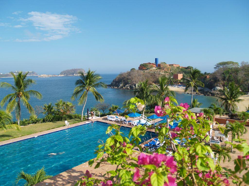 Huatulco Mexico Resort Day Passes